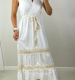 Kaunis kleit vööga