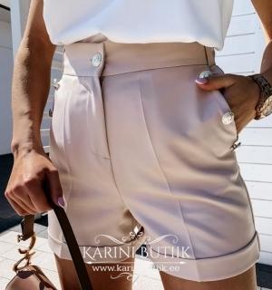 Lühikesed püksid nööpidega