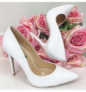 Valged klassikalised kingad